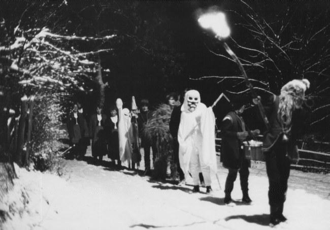 """Gwiżdze  z Kłączna ( 1983/4 rok) na kolędniczym """"szlaku"""""""