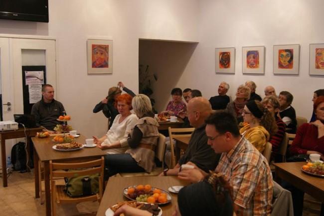 fot. Pierwsze spotkanie w MBP w Rumi z Piotrem Baską/facebook
