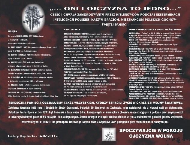 """Zdj. Tablica główna Panteonu Pamięci Gochów-  """"Oni i Ojczyzna to Jedno"""""""