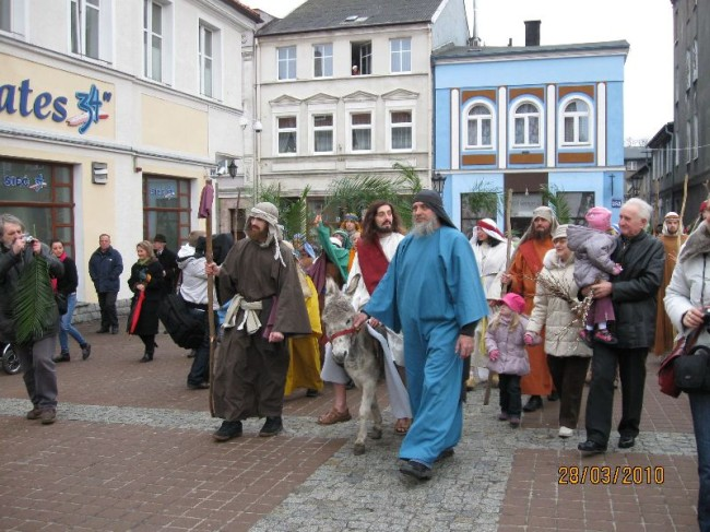 fot. Niedziela Palmowa 2010/Misternicy Kaszubscy
