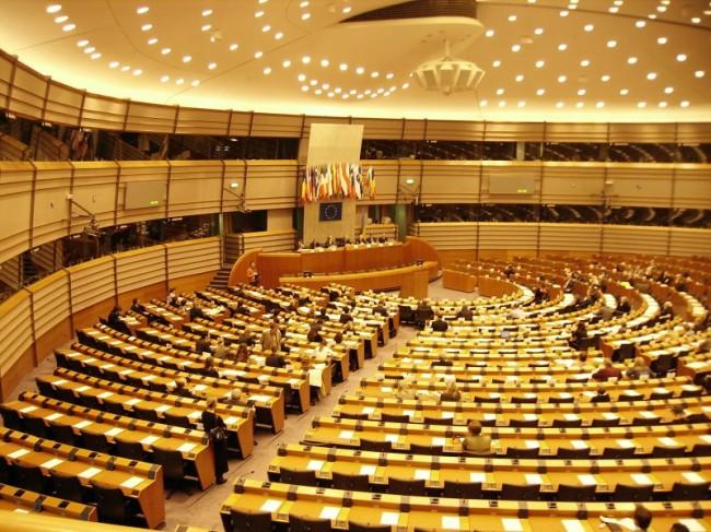 Sala obrad plenarnych Parlamentu Europejskiego w Brukseli / fot. Wikimedia
