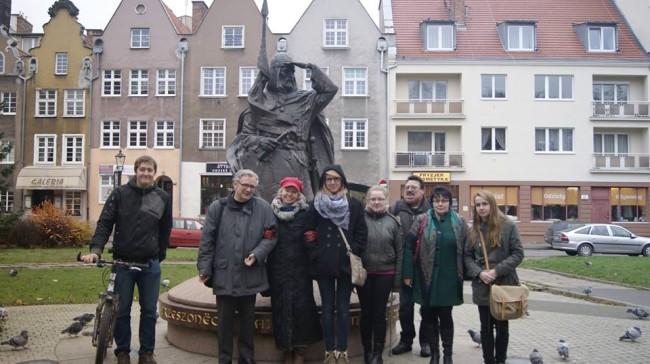 Etnofilologia kaszubska to nie tylko zajęcia prowadzone w murach Uniwersytetu Gdańskiego, ale także poznawanie Kaszub w plenerze. Fot. www.facebook.com/etnofilologiakaszubska
