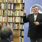 """prof. Zygmunt Szultka podczas promocji książki """"Świątynia na Rowokole i jej funkcje"""" / fot. Marek Ławniczak"""