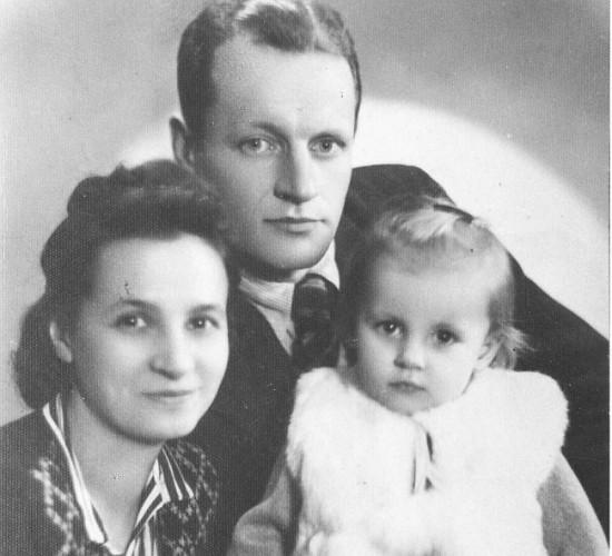 Karol Krefft z żoną i córką